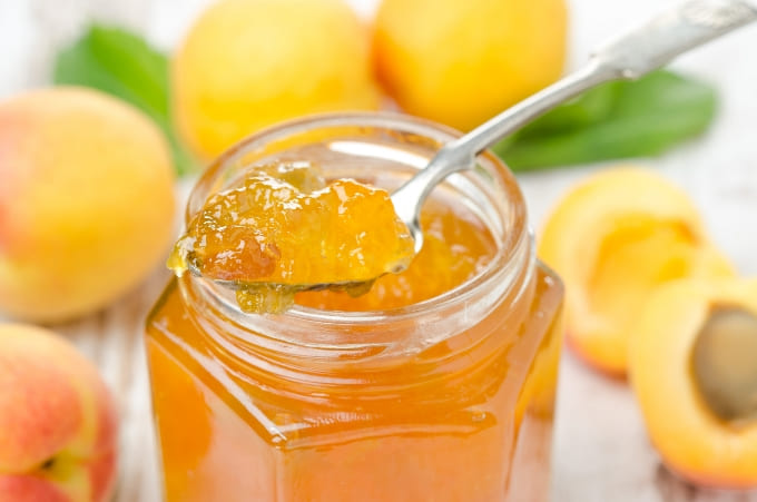 Из абрикосов можно сделать вкуснейший джем