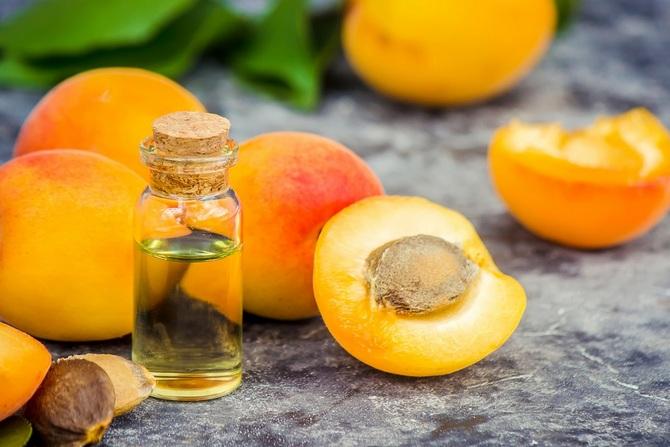 Абрикосовое масло широко используется в косметологии