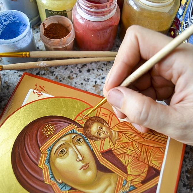 Камедь используется в красках для иконописи