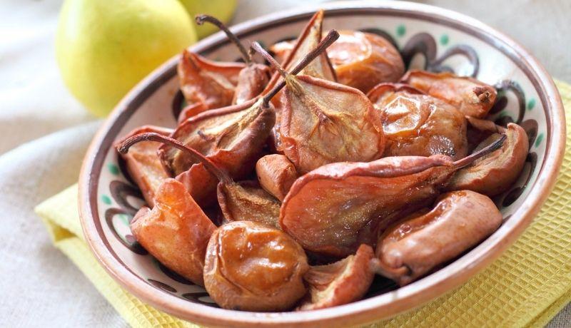 Печеные плоды груши помогают при болезнях органов дыхания