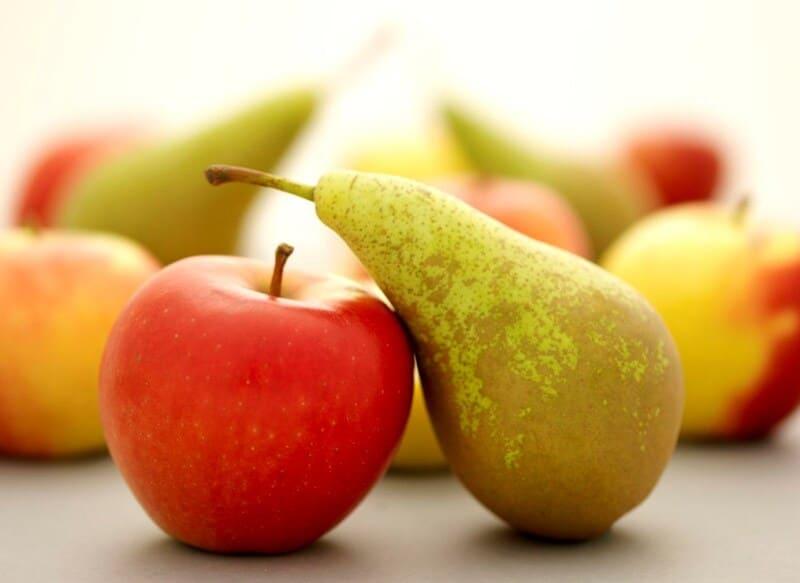 Сравнивая два полезных фрукта, невозможно отдать предпочтение одному из них