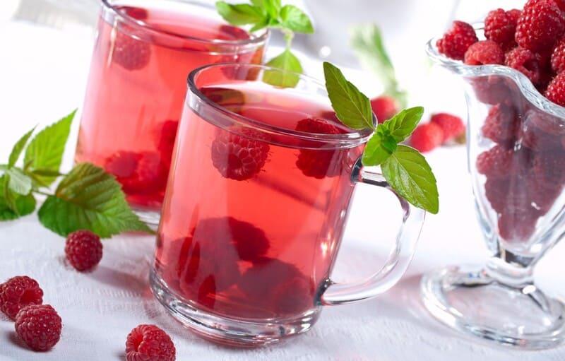 При температуре 39 малиновый чай может не справиться с очагом проблемы